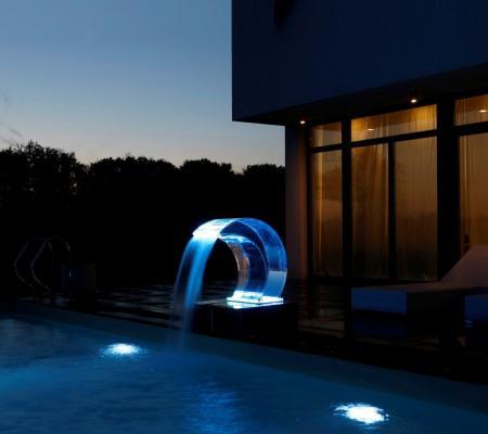 Accessoires et équipements confort piscine