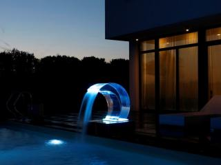 Eclairages LED piscine