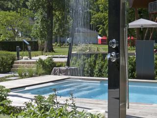 Douches et cascades de piscine